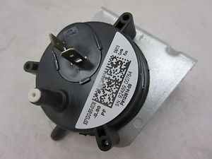 Lennox OEM Furnace Replacement Air Pressure Switch 100684-09